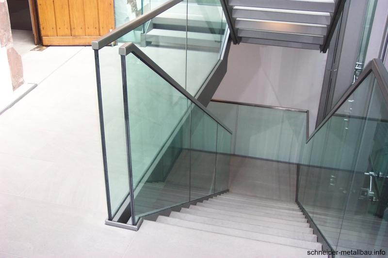 Schneider Metallbau Innengelander Aus Glas Und Stahl Schneider